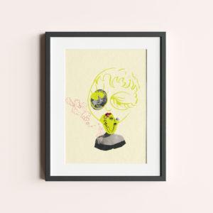 """GRAFIKA """"Z PRZYMRUŻENIEM OKA"""" to żółty kolaż z twarzą Marilyn Monroe."""