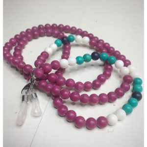 A chain for glasses made of fuchsia-colored stones with white and turquoise accessories.